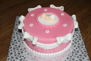 roze babyshowertaart