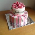 Roze/Wit/Zilver meisjestaart met lussenstrik