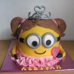 3D meisjes Minion taart