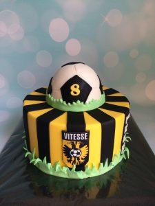 Vitesse taart met bal