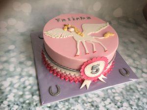Roze unicorn taart