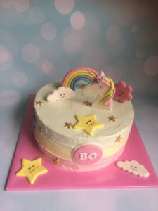 Creme unicorn rainbow taart