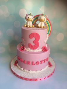 roze unicorns taart